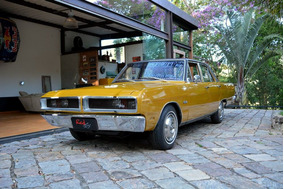 Dodge Gran Sedan 1977 Charger Dart