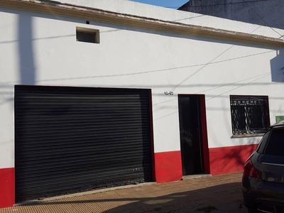 Vendo Casa En Caseros De 3 Ambientes Con Cochera Con Patio