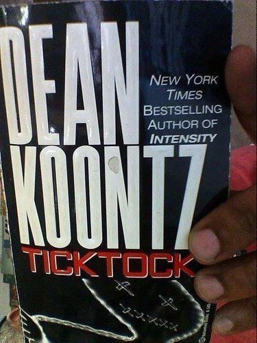 Livro Tick Tock Dean Koontz