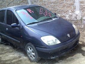 Renault Scenic Chocado Por Partes