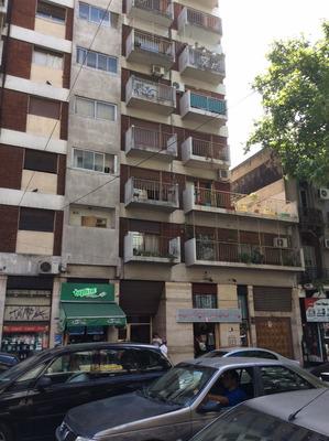 Cochera Fija En Edificio Privado Con Seguridad