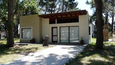 Casa En Alquiler En La Caleta