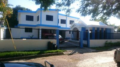 Vendo Casa En Residencial Copal 2, Santiago.