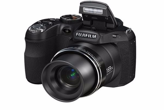 Camera Fujifilm 18x Wide 14 Mp