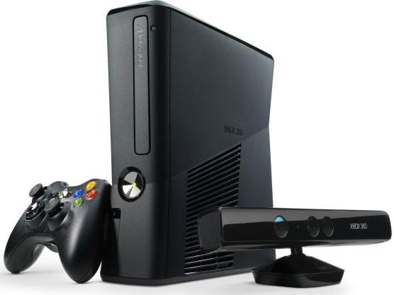 Xbox 360 Slim 4gb + Muitos Extras