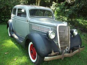 Ford 1935 Sedan Humpback