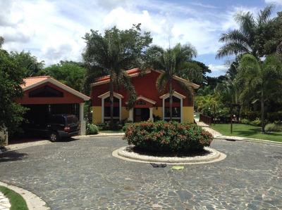 Rebajada!! Hermosa Finca En Colina De Mina, Villa Altagracia