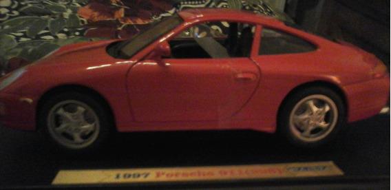 Auto Welly Escala 1/18 Porsche 911 (996) 1997 Met Retro Rdf1