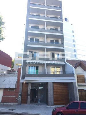 Alquiler Departamento De 2 Ambientes , Villa Luro