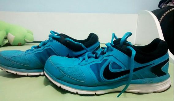 - Tenis Da Nike Azul Bebe , Em Ótimo Estado. N °: 37