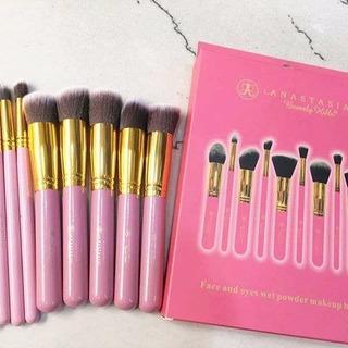 Set De 12 Brochas Anastasia Kakubi Rosas