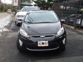 Ford Fiesta Kinetic 1.6 Titanium Modelo 2012 Color Negro