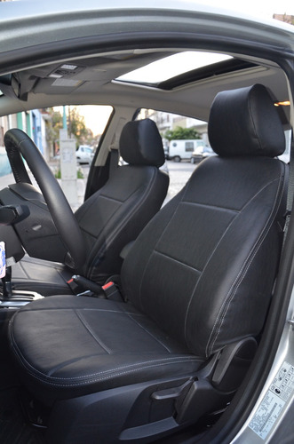 Imagen 1 de 5 de Fundas Asientos Cuerina Premium Toyota Hilux 2016 - 2018