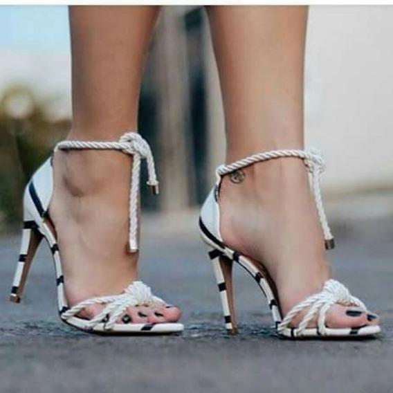 Sapatos Femininos Sandálias Listrada E Cordao Tendência