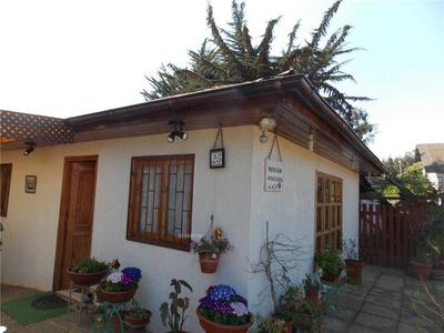 Pasaje 1, Comunidad Los Lirios - Isla Negra - Casa 25