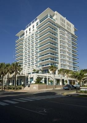 Apartamento En El Malecón 2habs. 2pq, Piscina, Gym