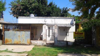 Casa En Venta - 3 Ambientes - Lote 350 M2 (aprox).-