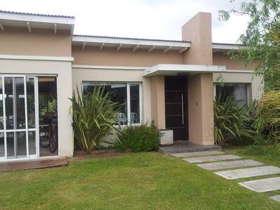 Casa Bo Altos Del Carmen Cañuelas.