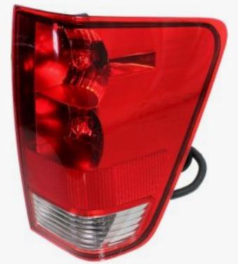 Nissan Titan 2004 - 2015 Calavera Derecha Trasera 3 Bulbos