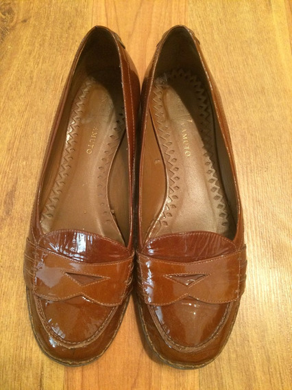 Hermosos Flats Mocasines Vince Camuto Patent Leather!!