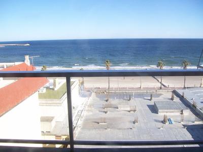 Frente Al Mar Excelente Apto. Para 6-7 Personas