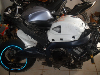 Sucata De Moto Para Peças Suzuki Gsx Srad 1000 Modelo 2011