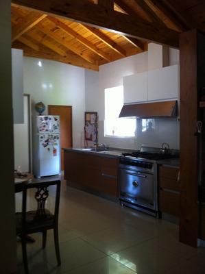 Dueño Vende Chalet C/jardin Y Pileta, 3 Dorm,fácil Acceso
