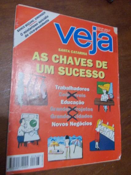 Veja - Santa Catarina. As Chaves De Um Sucesso. Educação X T