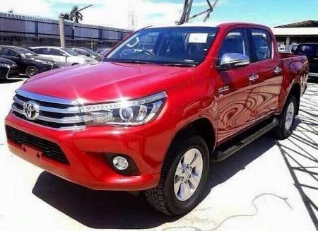 Toyota Hilux 2.8 Srx Okm Por R$ 179.999,99