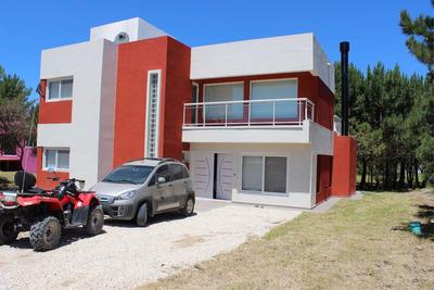 Costa Esmeralda - Residencial1 - 4 Dorm.- Pileta Climatizada