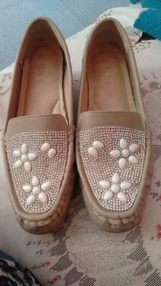 Zapatos Con Detalles De Strass