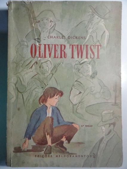 Livro Antigo - Oliver Twist - Charles Dickens - Raro
