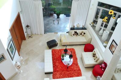 Casa Súper Chic Y Moderna Con 2 Niveles De Modernismo