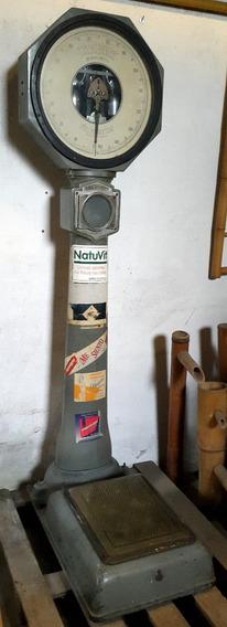 Antigua Balanza De Farmacia Para Pesar Personas