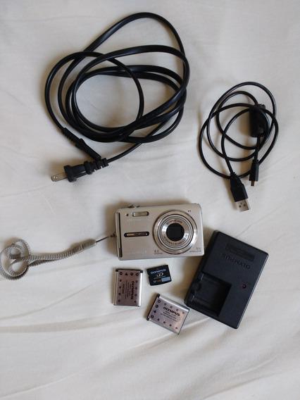 Câmara Fotográfica Digital Olympus Fe-