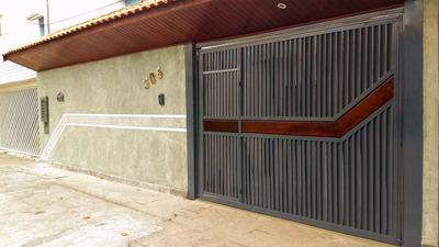 Casa Grande Térrea 300 M² - Área Útil 212 M²- Toda Reformada