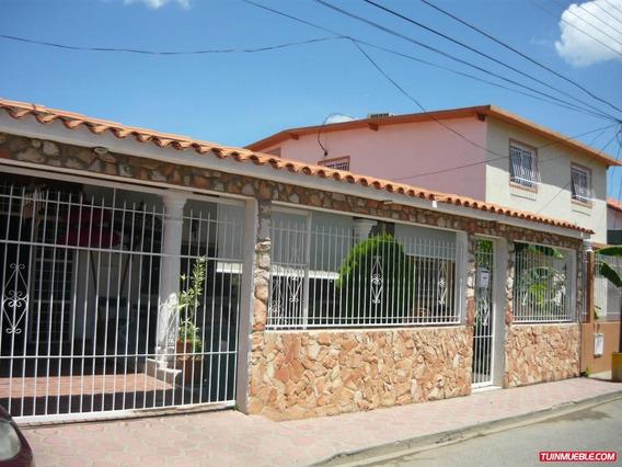 Venta Chaguaramos : Yaritza Perez: 04242837784