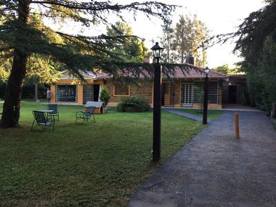 Casa De 3 Ambiente Y 3 Baño