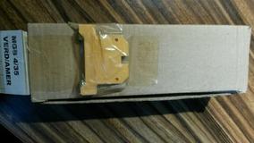 Borne Terra 4mm,verde/amarel,mod Mgb4/35,metaltex(lote 5)