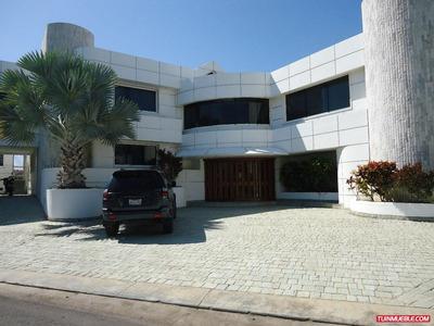 Mansion Amplia Y Hermosa En Venta