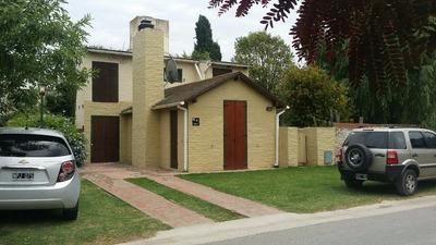 2 Casas En Barrio Parque Para 6 Y 4 Personas