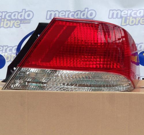 Stop Derecho Lancer 2002-2004 Nuevo Mitsubishi