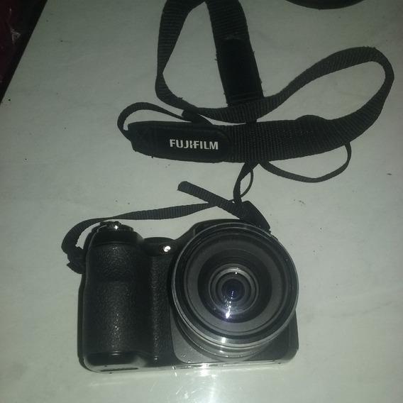 Câmera Digital Finepix S2800hd