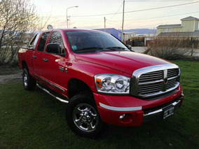Dodge Ram 2500 Laramie - Heavy Duty (325 Hp)