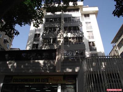 Apartamentos En Venta 17-12810 Rent A House La Boyera