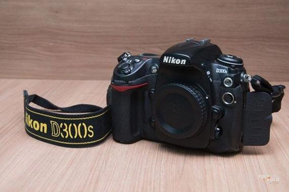 Câmera Nikon D300s Usada + Bolsa(usada) De Brinde
