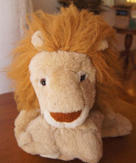 Pelúcia Leão Com Filhote 30 Cm