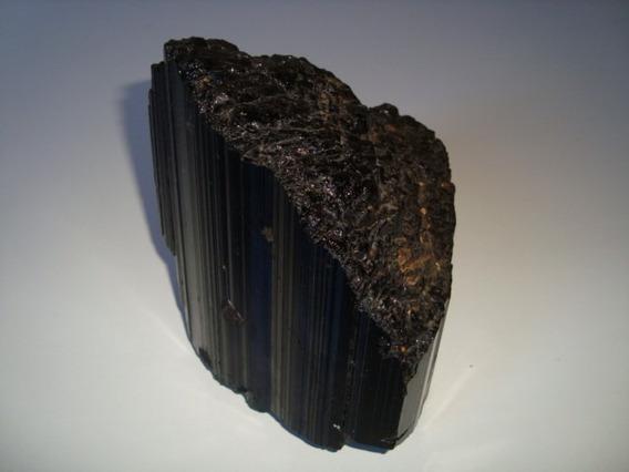 Pedra Turmalina Negra Natural Bruta Proteção Preto Fosco G