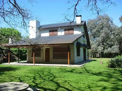 Quinta El Manchuquero Con Pileta Y Parrilla En Parque Leloir