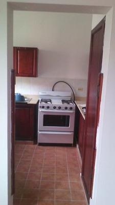 Alquiler Apartamento, Zona Colonial, Sin Amueblar